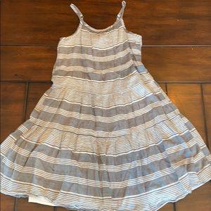 Girls gap kids gray and white striped dress size 8